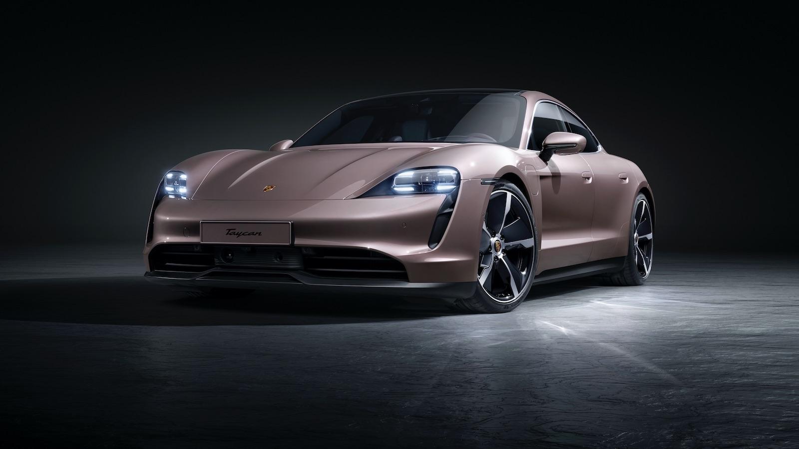 入門更好玩?後驅 Porsche Taycan 358 萬起在台發售