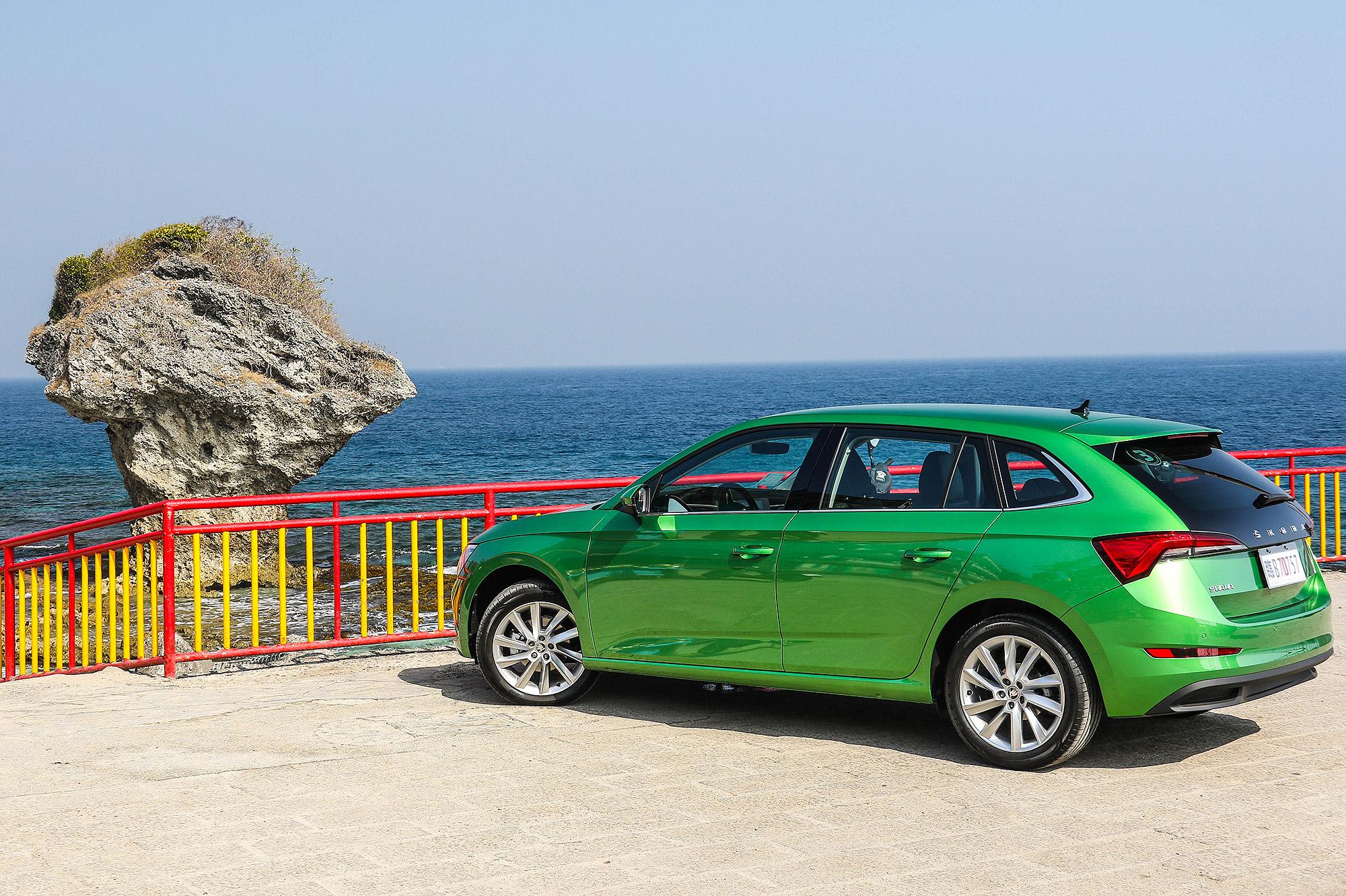 Škoda Taiwan 選擇小琉球作為 Scala 的試駕場域。