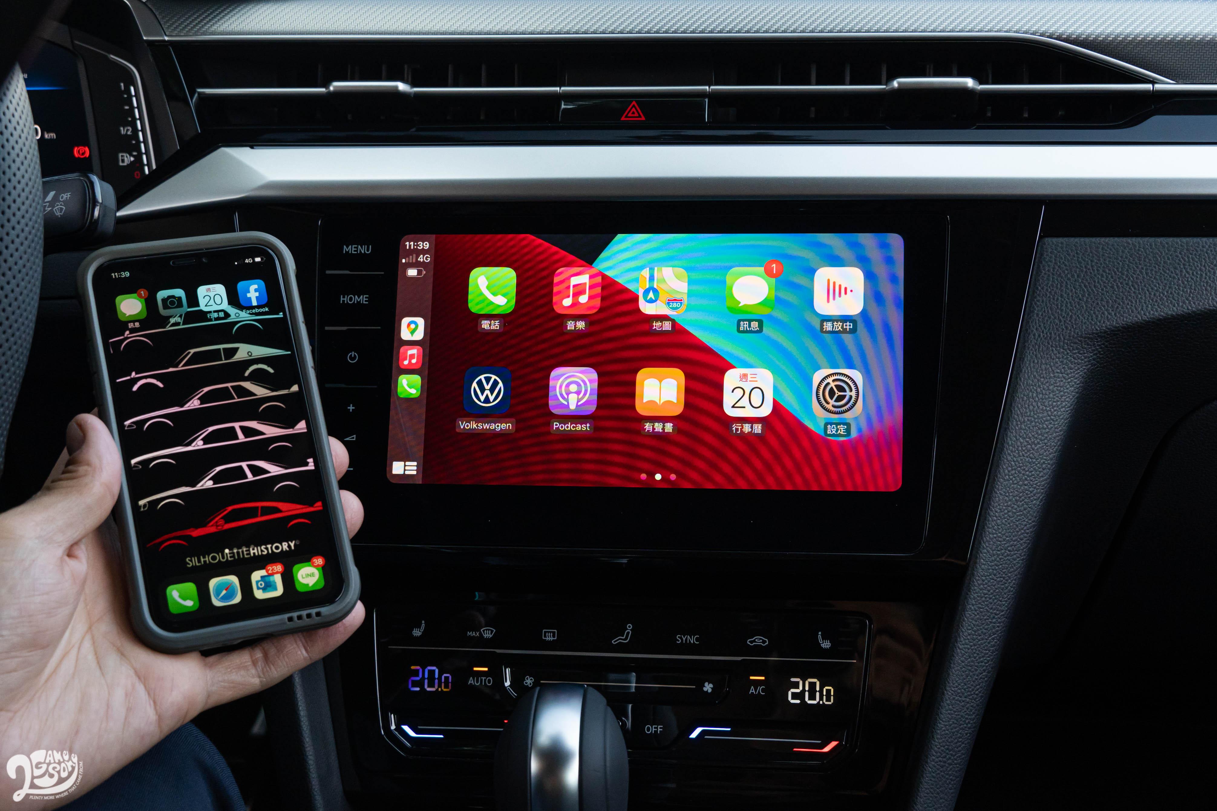 原廠中文導航系統、App-Connect 多媒體手機鏡射等先進娛樂科技都是標配。