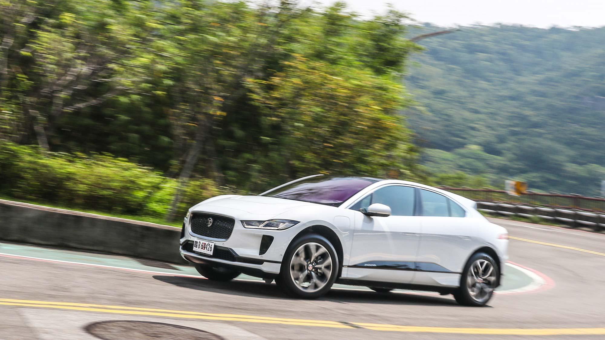 人生第一輛電動車?Jaguar I-PACE 請你開始思考這可能!