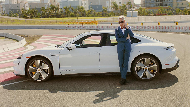 Taycan 硬知識:科學大哥 Bill Nye 帶你看 Porsche Taycan