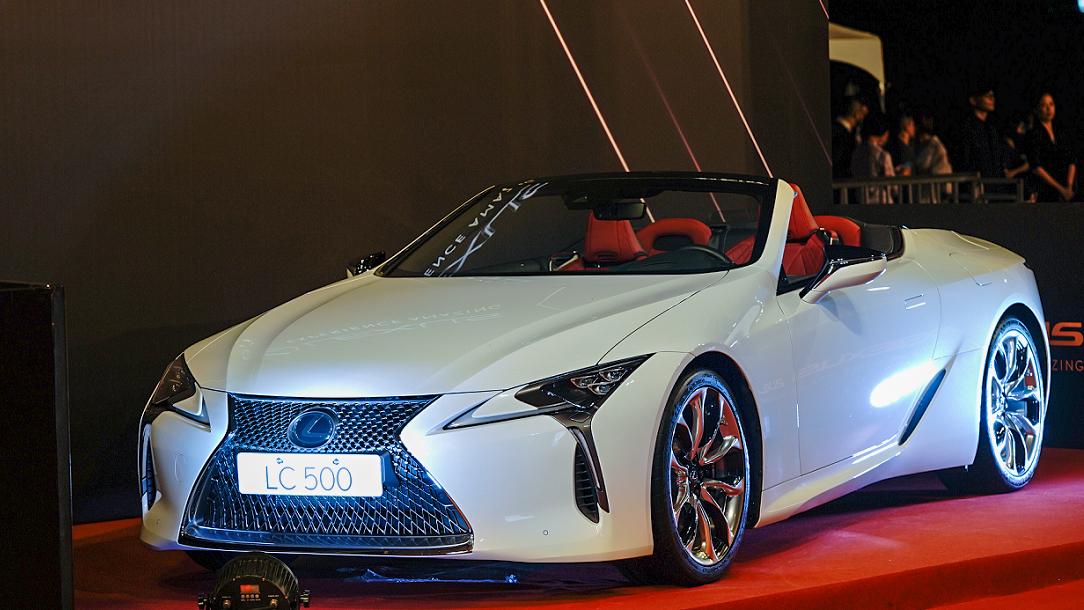 ▲ 第 56 屆金鐘獎 Lexus 任專屬座駕