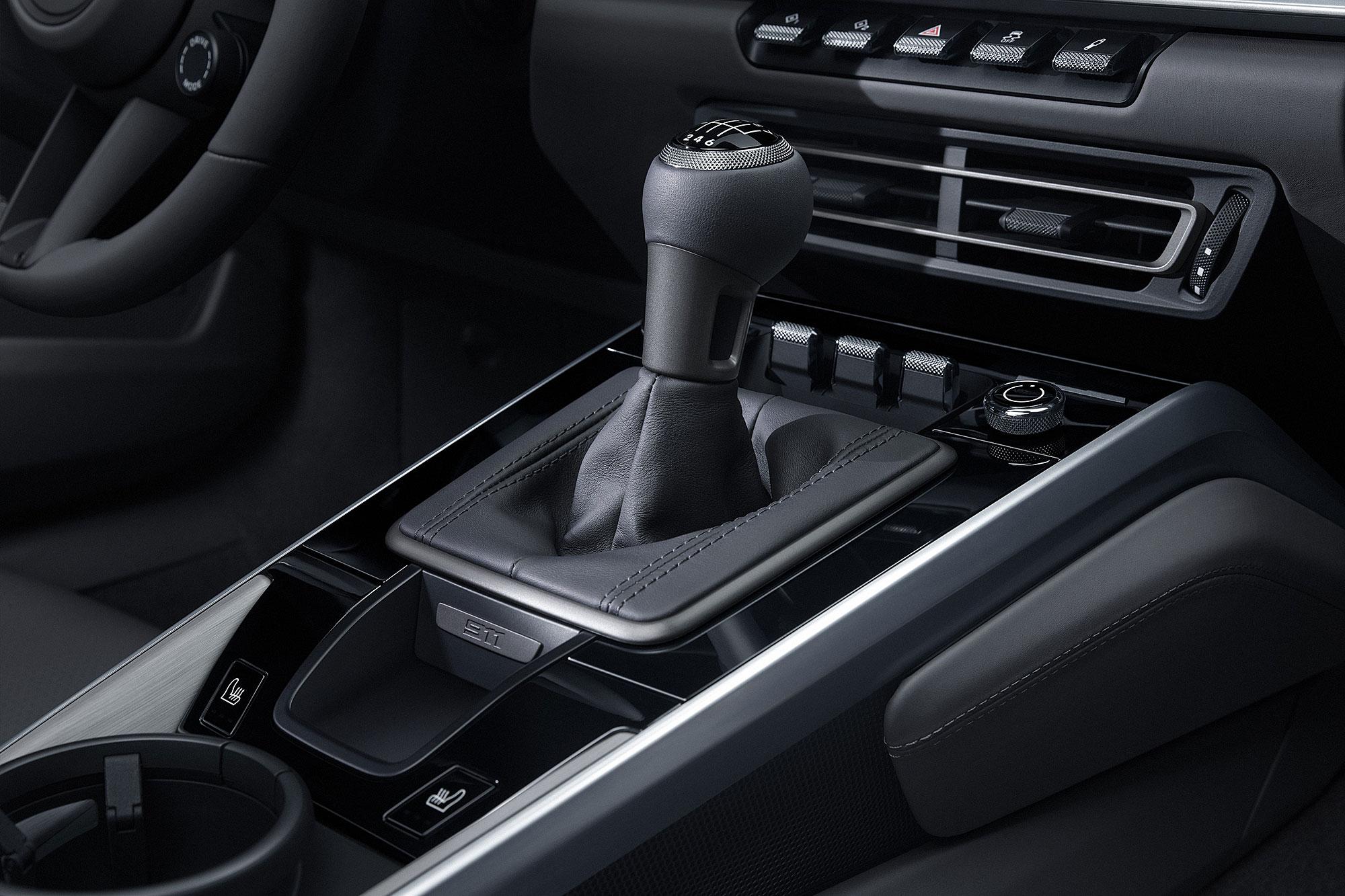 Typ 992 世代 911 的手排選項 2020 年正式報到。