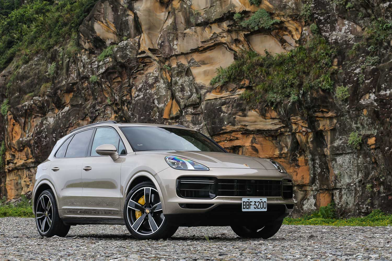 2019 年式 Cayenne Turbo 售價為新台幣 668 萬元起。