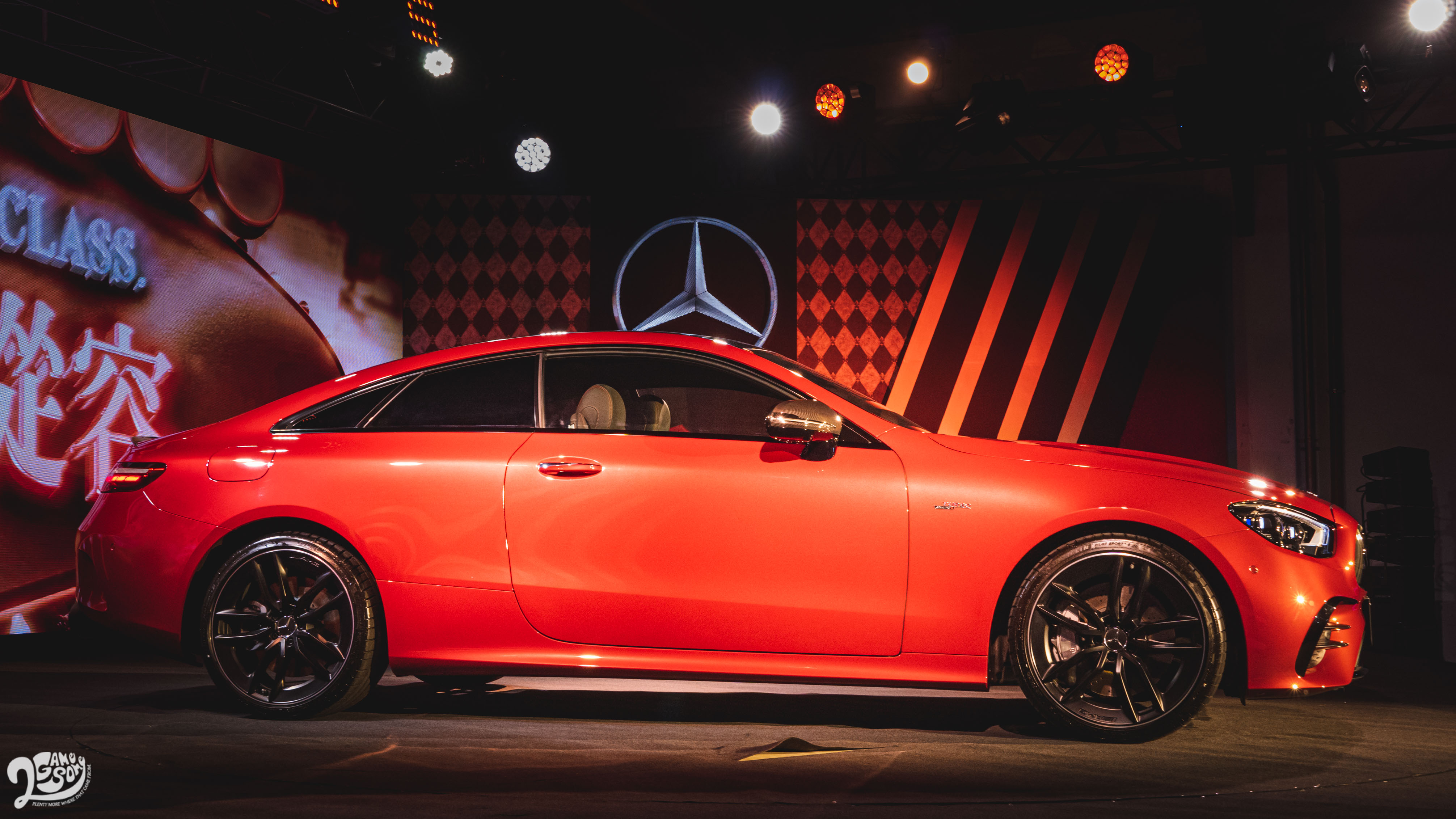Mercedes-AMG E 53 4MATIC+ Coupe。