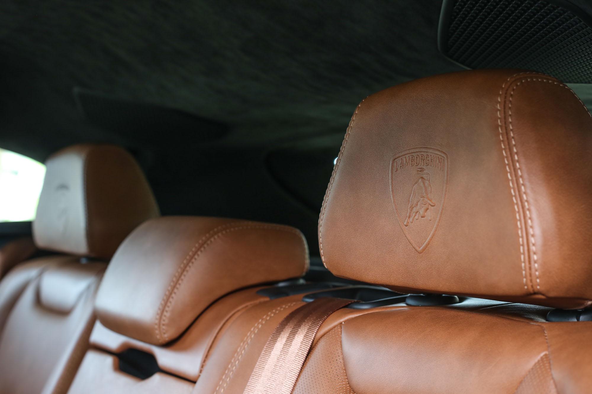 宛如頂級皮件精品的座椅皮革,視覺與觸覺都是享受。