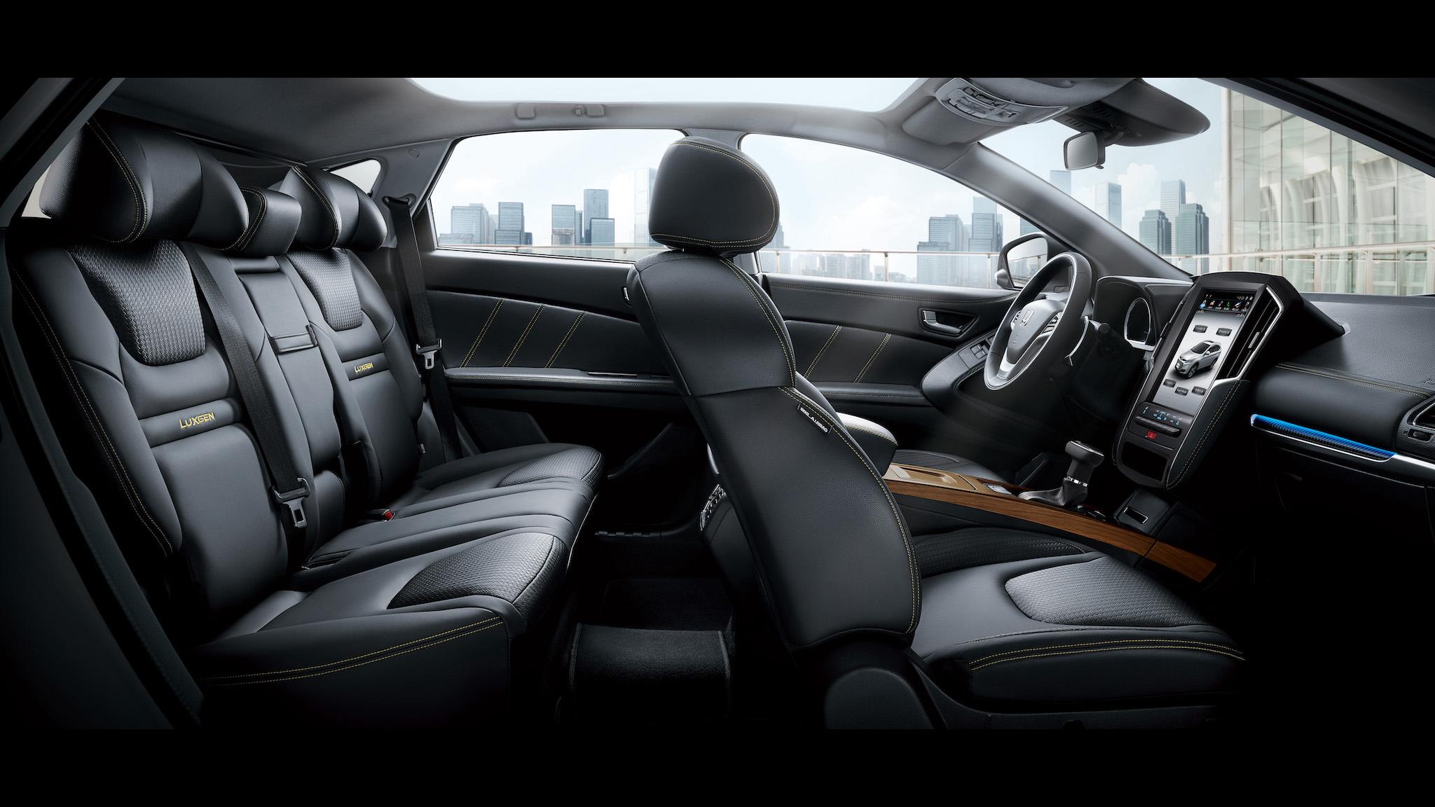 Luxgen U6「GT AR好行版」限量升級大螢幕等科技配備 售價 80.8 萬元