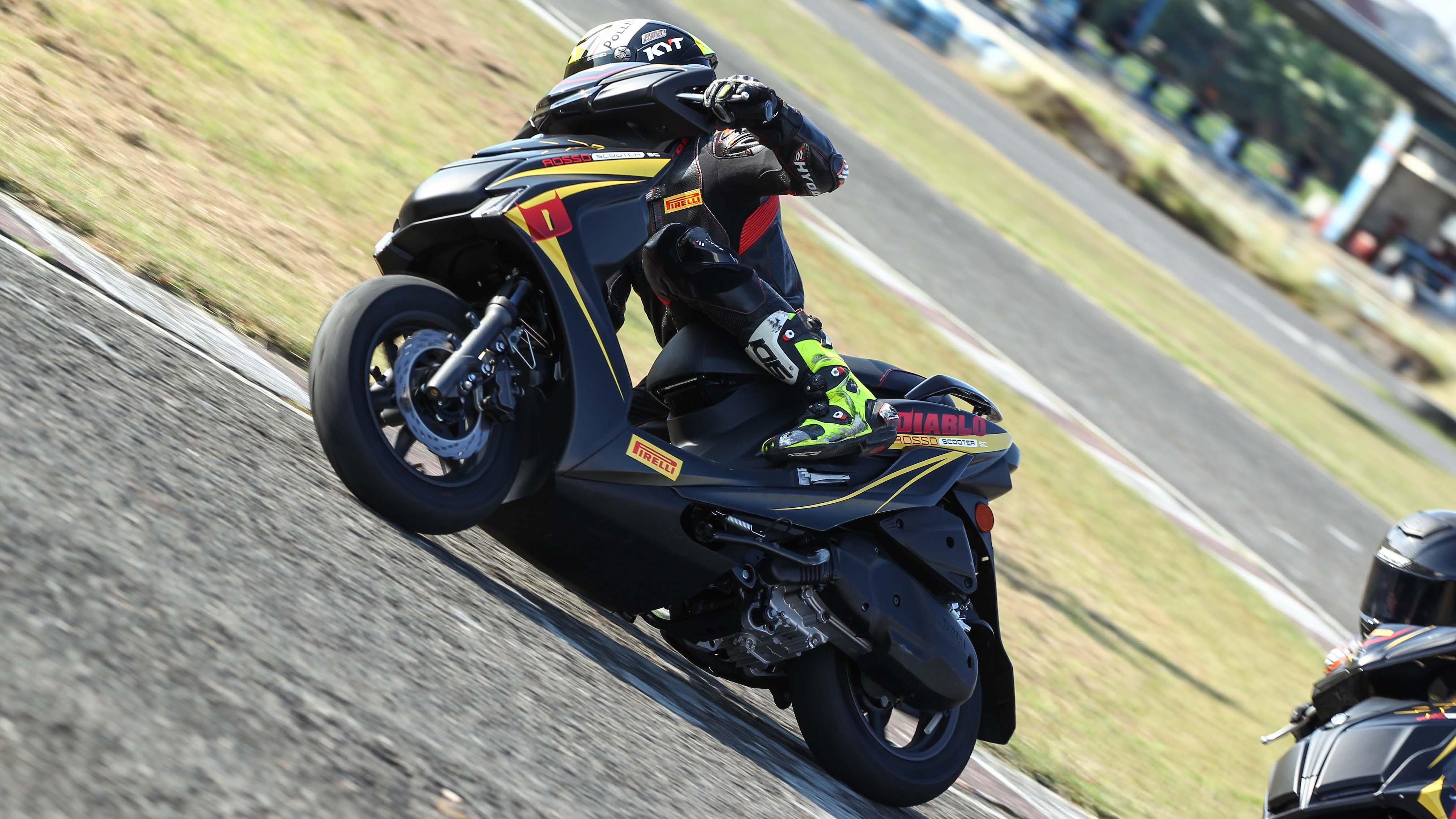 Pirelli 發表速克達競賽專用胎 Diablo Rosso™ Scooter SC