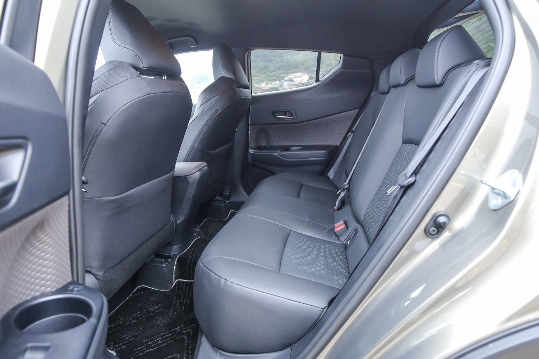 重新設計的座椅讓車內的質感與設計感同步提升。