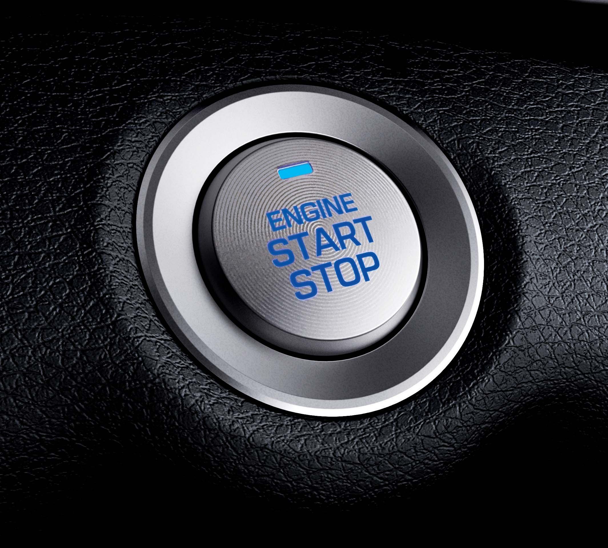 豪華款配上Smart Key 、Push Start。