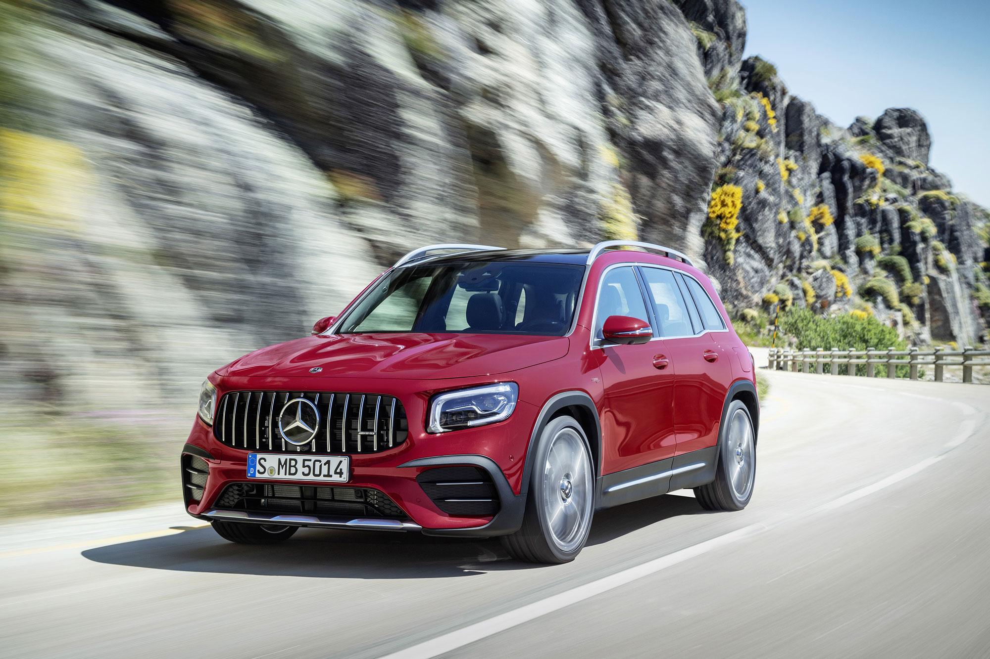 甫於今年 6 月發表的 GLB ,將在 IAA 法蘭克福車展推出 Mercedes-AMG GLB 35 4Matic 。