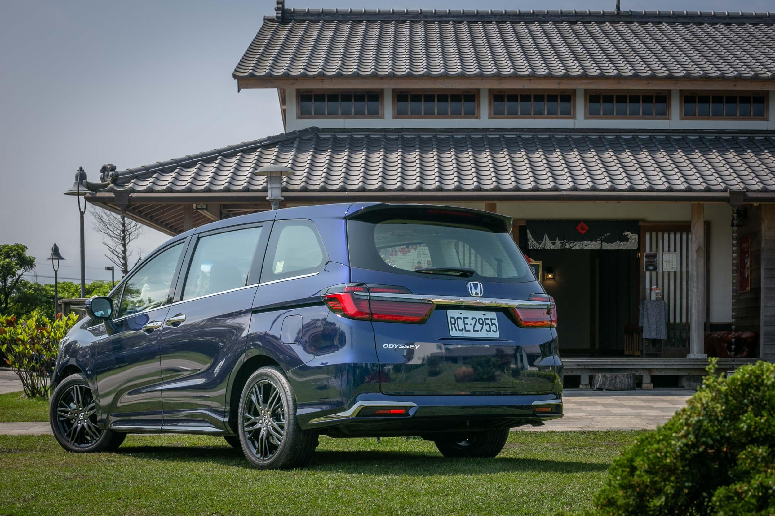 原廠宣稱小改款 Odyssey 全車鈑件皆經過微調,但視覺感受不甚明顯。