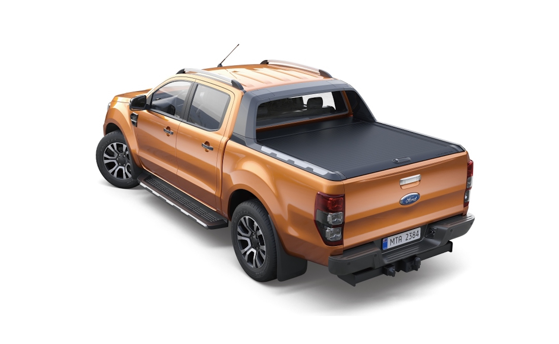 Ford Ranger Wildtrak 加價購洗鍊黑原廠美式車斗捲簾僅需加價 1 萬 5 千元(市價 10 萬 5 千元)。