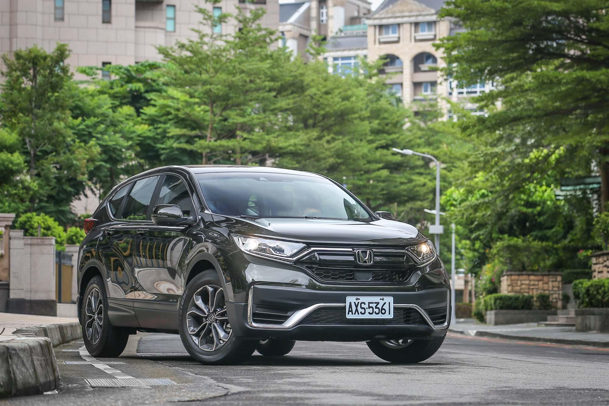 小改款 CR-V 於 9 月 3 日發表、9 月 5 日店頭上市後,短短不到一個月的時間,迅速累積 2,000 張以上訂單。