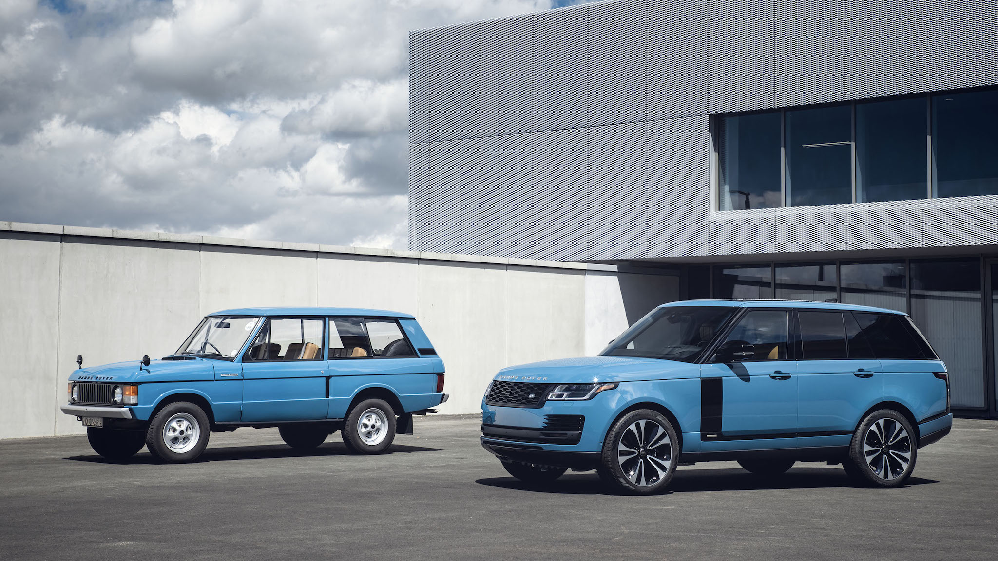 致敬問世 50 週年,Land Rover 發表 Range Rover Fifty 限量版