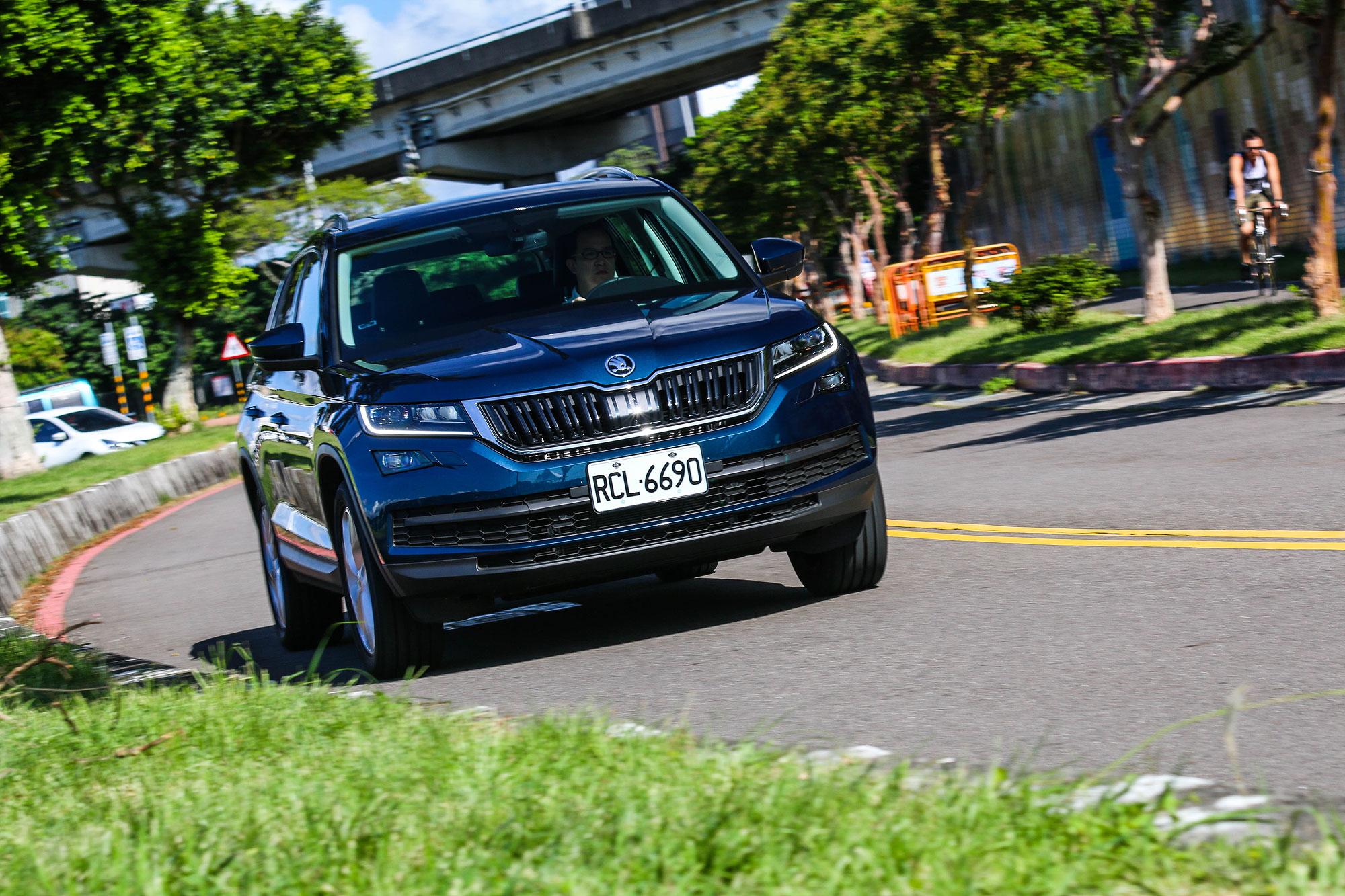 Kodiaq 尊榮版 TSI 車型不僅行路質感相當出色,面對山路也能從容應對。