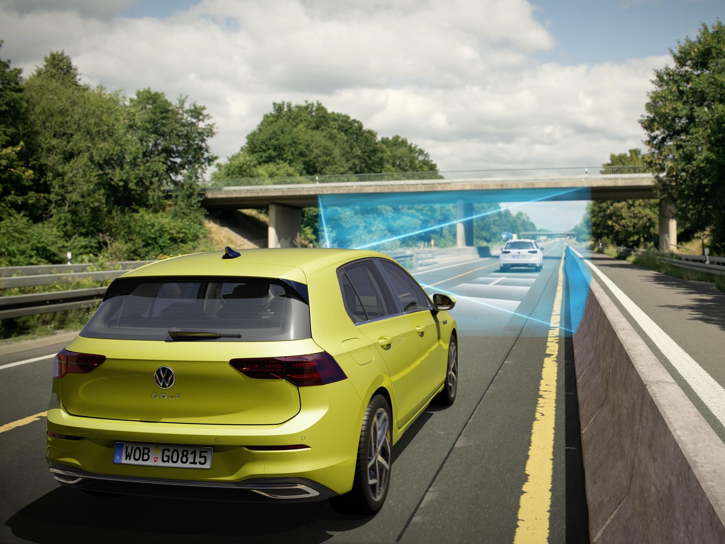 全速域ACC主動式固定車距巡航系統於靜止起步時間從原3秒提升至10秒。