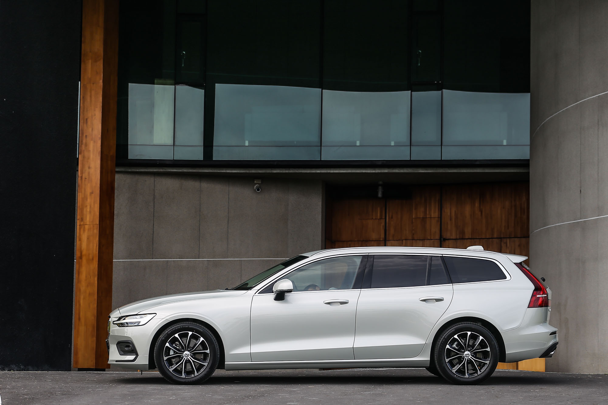 V90 車系在台停售之後,新世代 V60 就是消費者目前唯一可以買到的 Volvo 旗下純種旅行車型。