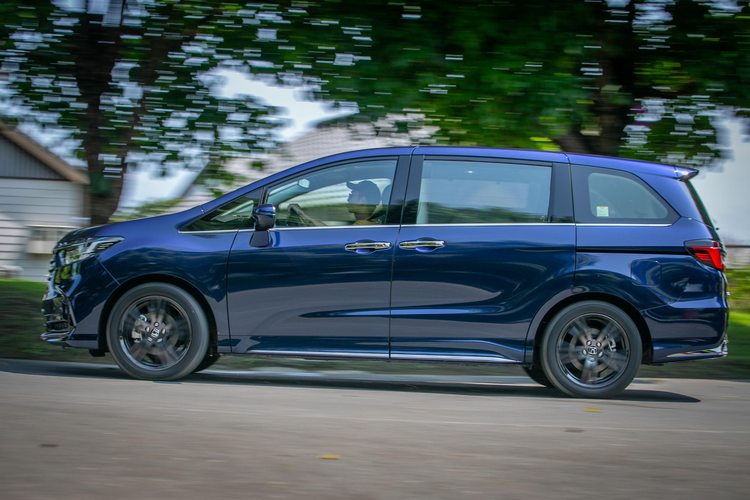 隔音表現主要強化在輪胎滾動噪音的隔絕,上半部的風切聲抑制仍有進步空間。