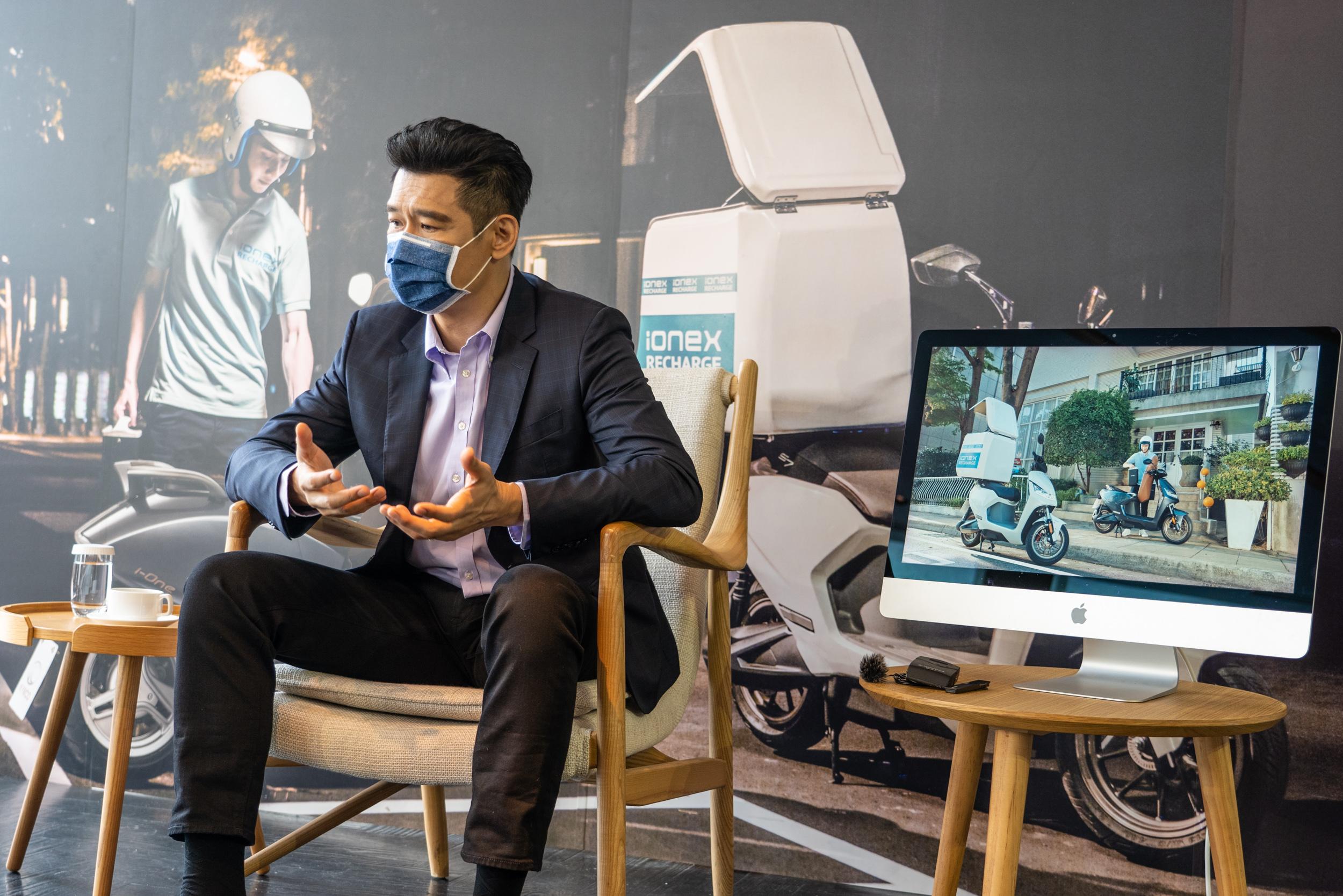 面對全新的電動機車未來,柯董事長認為不能再用傳統燃油機車的思維,要開創全新的可能性。