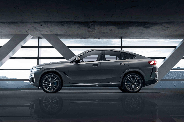 全新 BMW X6 M50i Individual Edition 特殊車色 Lime Rock Grey。