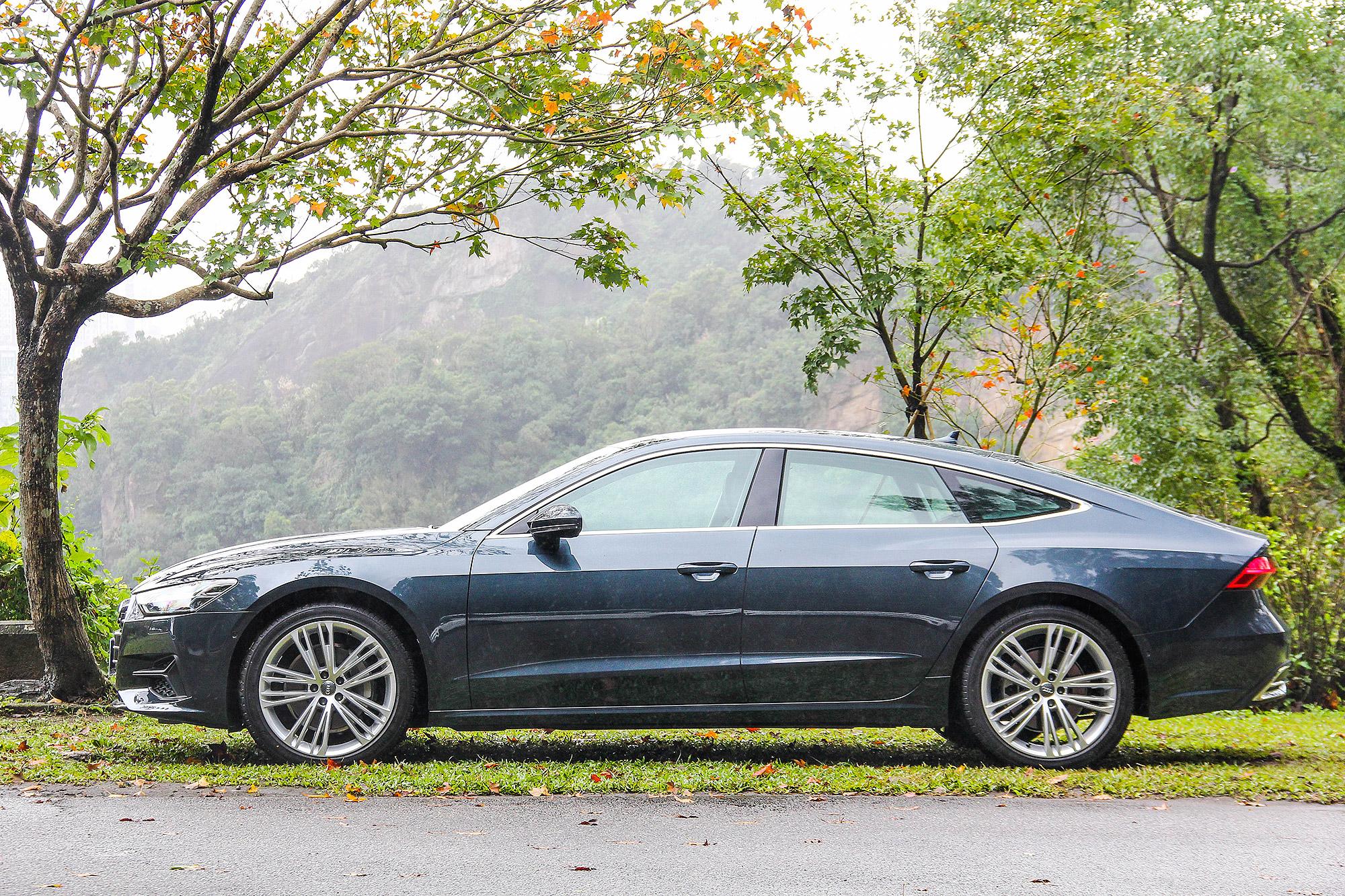 流暢的車體線條,不得不說,新一代的 A7 Sportback 真的更好看了!