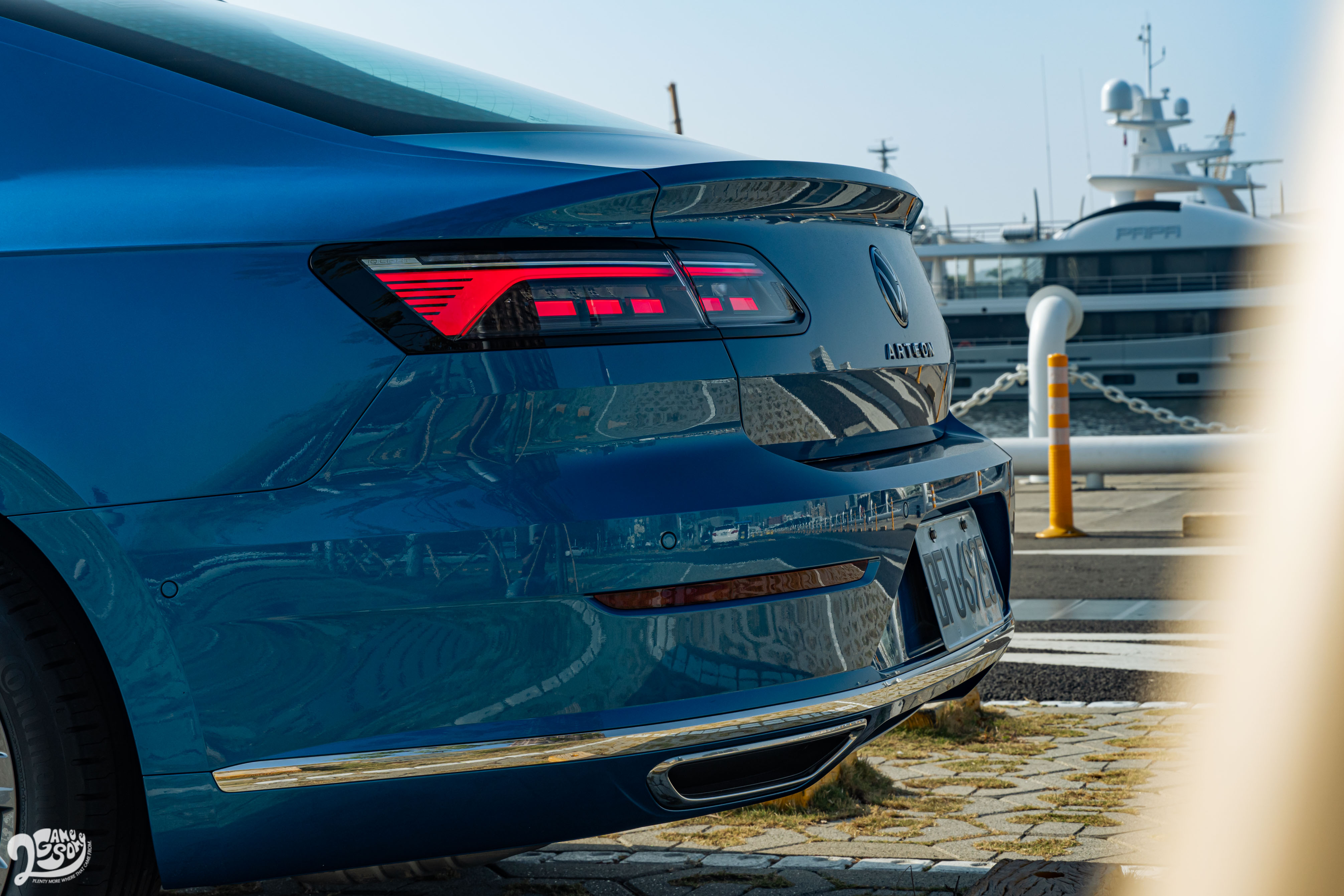 Fastback 車型擁有流暢低斜的車尾線條,搭配短翹臀線,展現性感魅力。