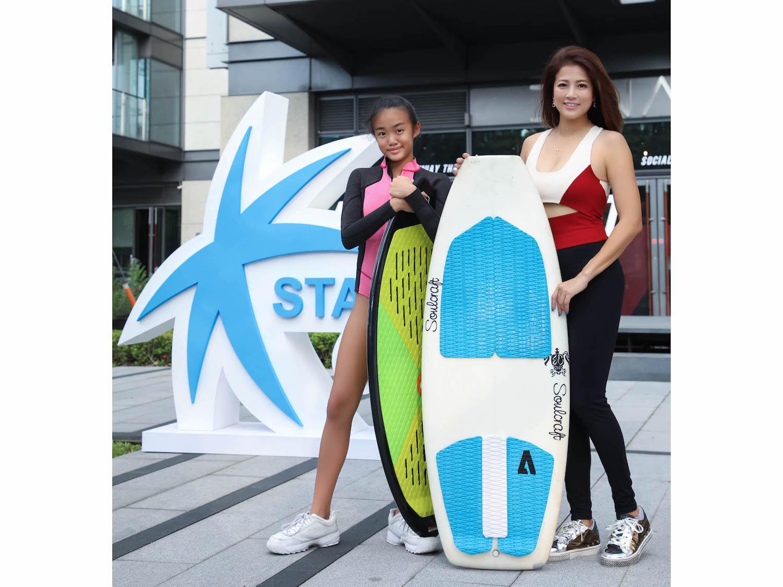 浪花母女檔(右起)陳美彤 Kimberly Chen 與 陳宥蓁 Jocelyn Chan。
