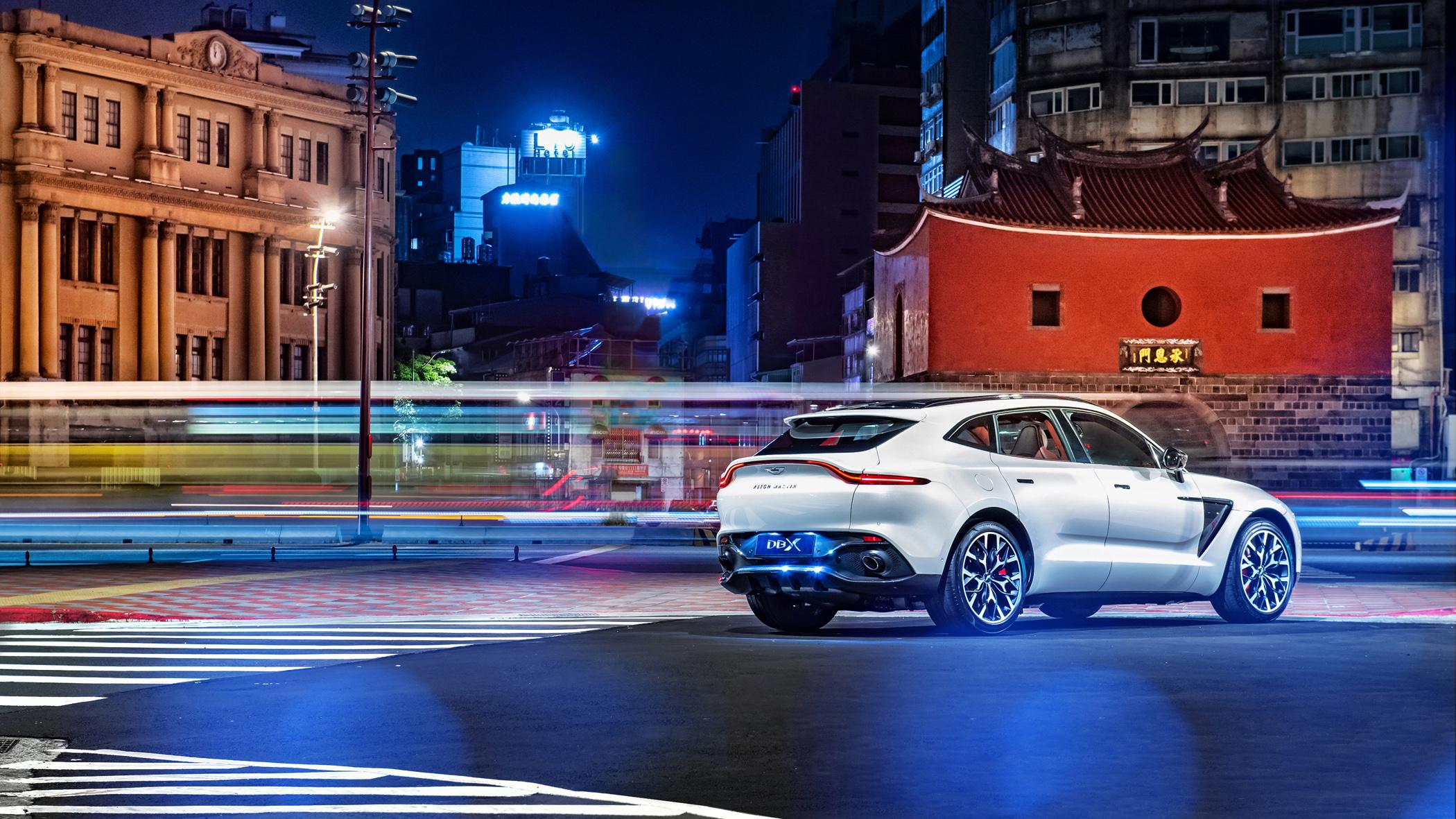 Aston Martin DBX 首批實車即將抵台,生活套件同步登場