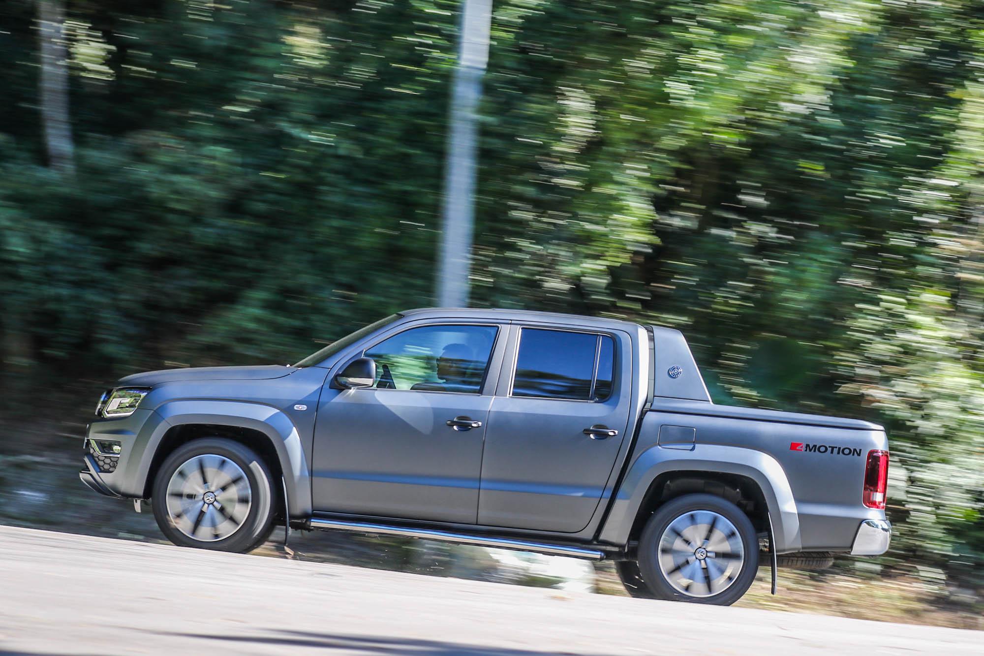 0-100km/h 加速七秒台的實力,在一般道路上的行駛更增添樂趣。