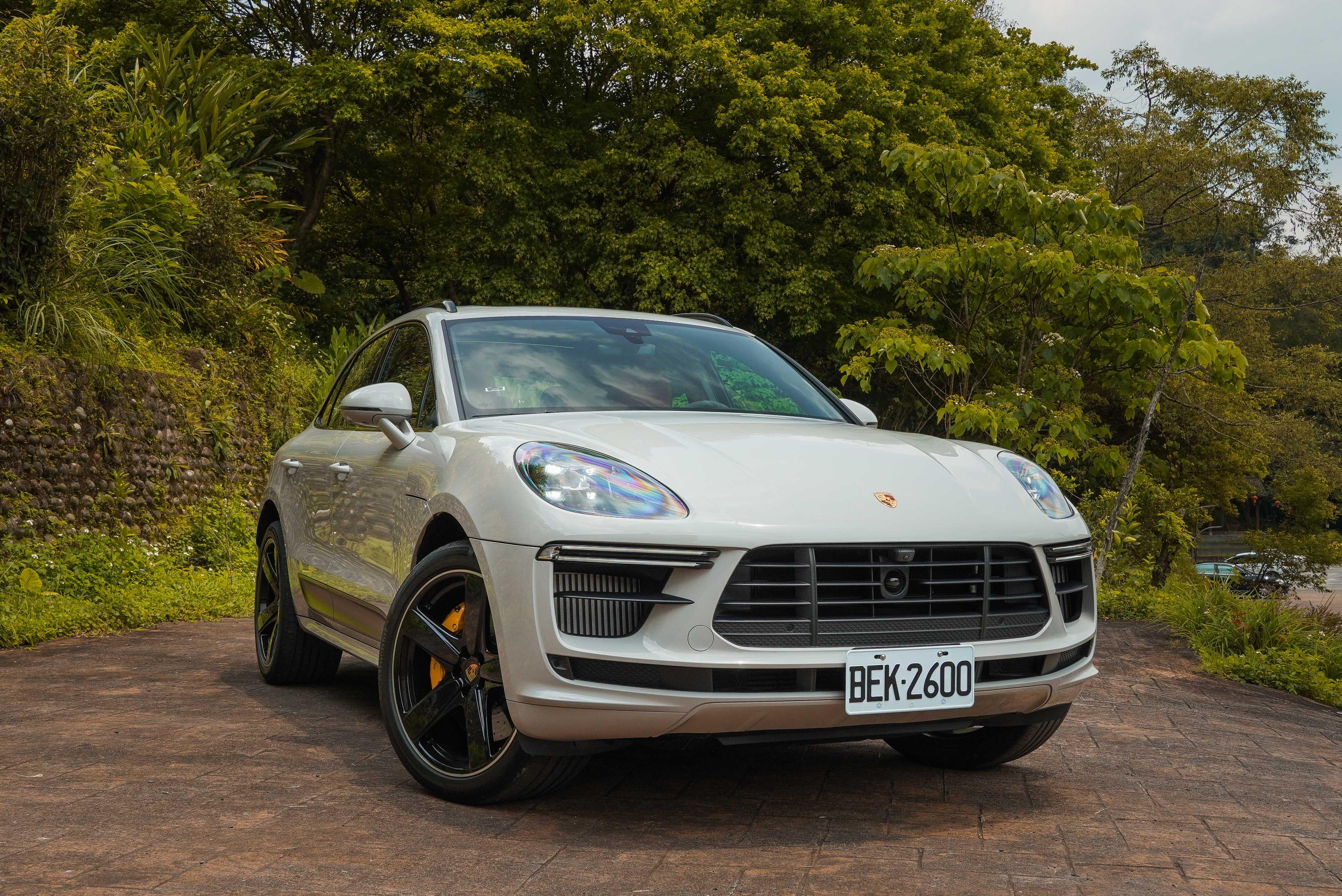 試駕車選配總價為 2,021,600 元。